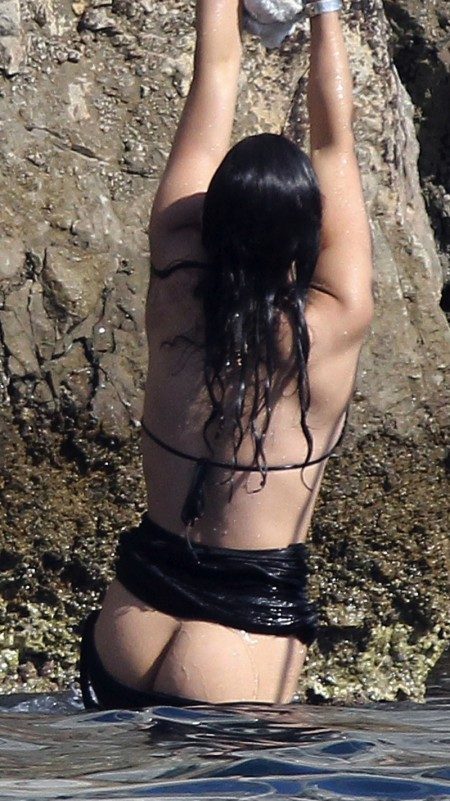 Michelle Rodriguez Naked Ass